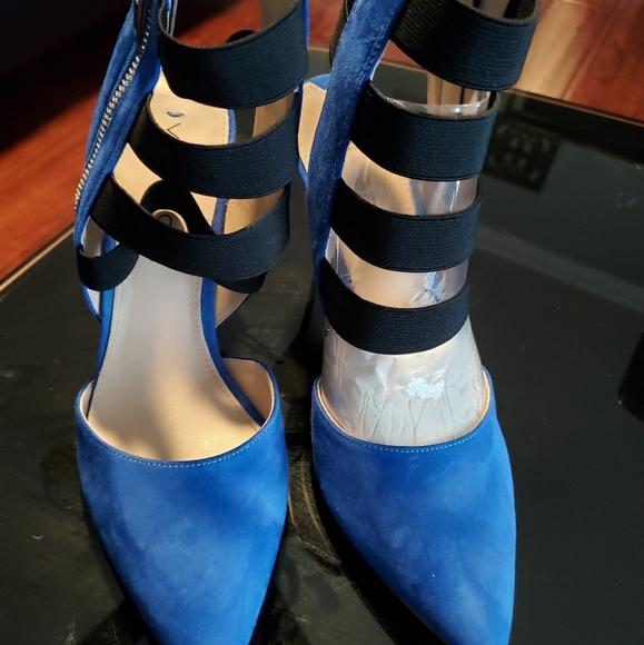 Shoes - Via Spiga Pumps